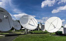 satellite-2528833_640